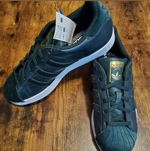 Addidas Superstar Green Leather Sneakers 7.5